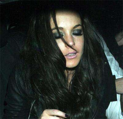 Resultado de imagen para lindsay lohan black hair